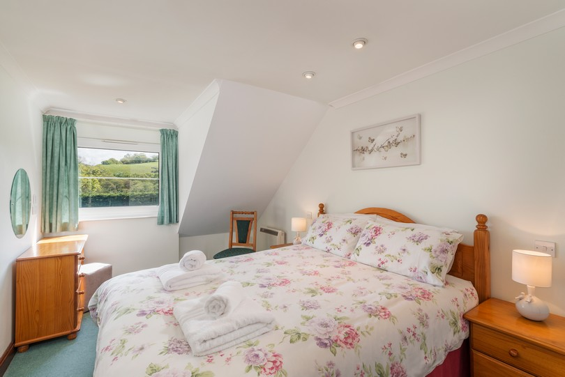 2 Bed Valley View Self Catering Cottage